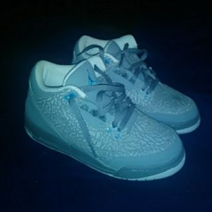 Shoes - Jordans gray and turquoise sneakers